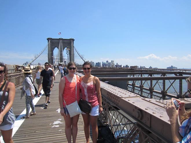Backyard Tourism A Walk Across The Brooklyn Bridge Living In Flux