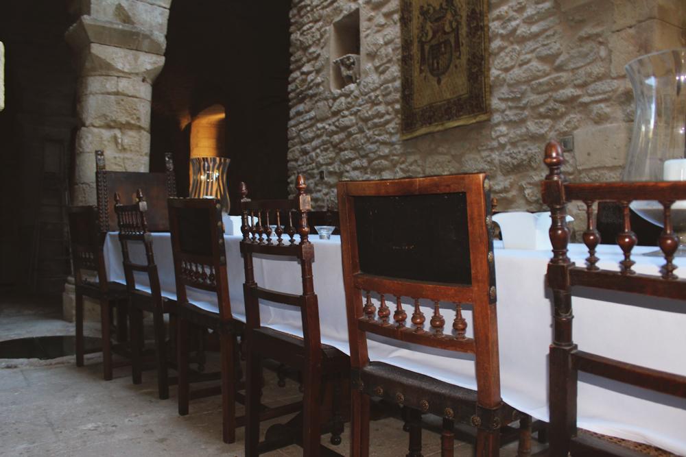 Formal dining room in Goult Castle