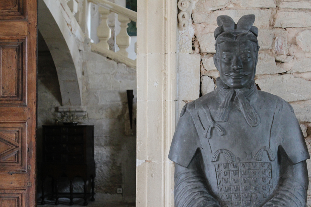 Statue in the entryway of the castle in Goult, France.