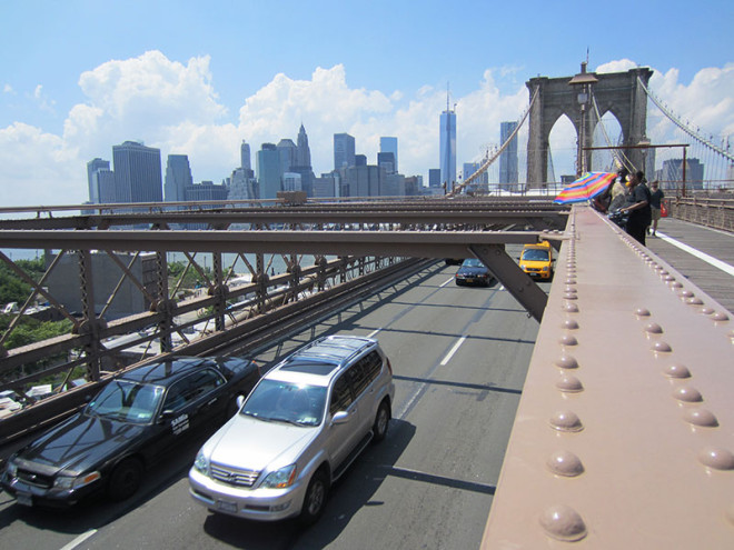 You Can Actually Drive Over the Brooklyn Bridge