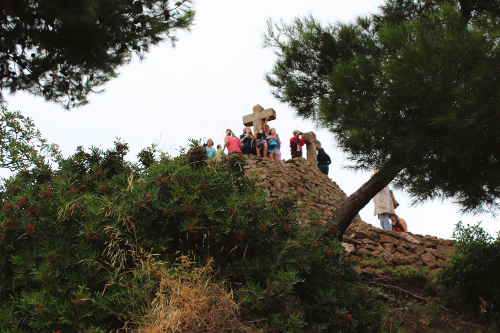 Looking up at the highest point in Park Güell